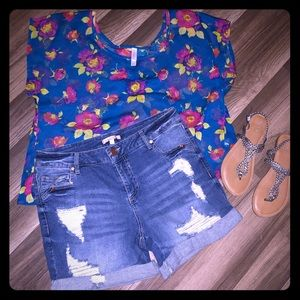 Gibson + Latimer Shorts